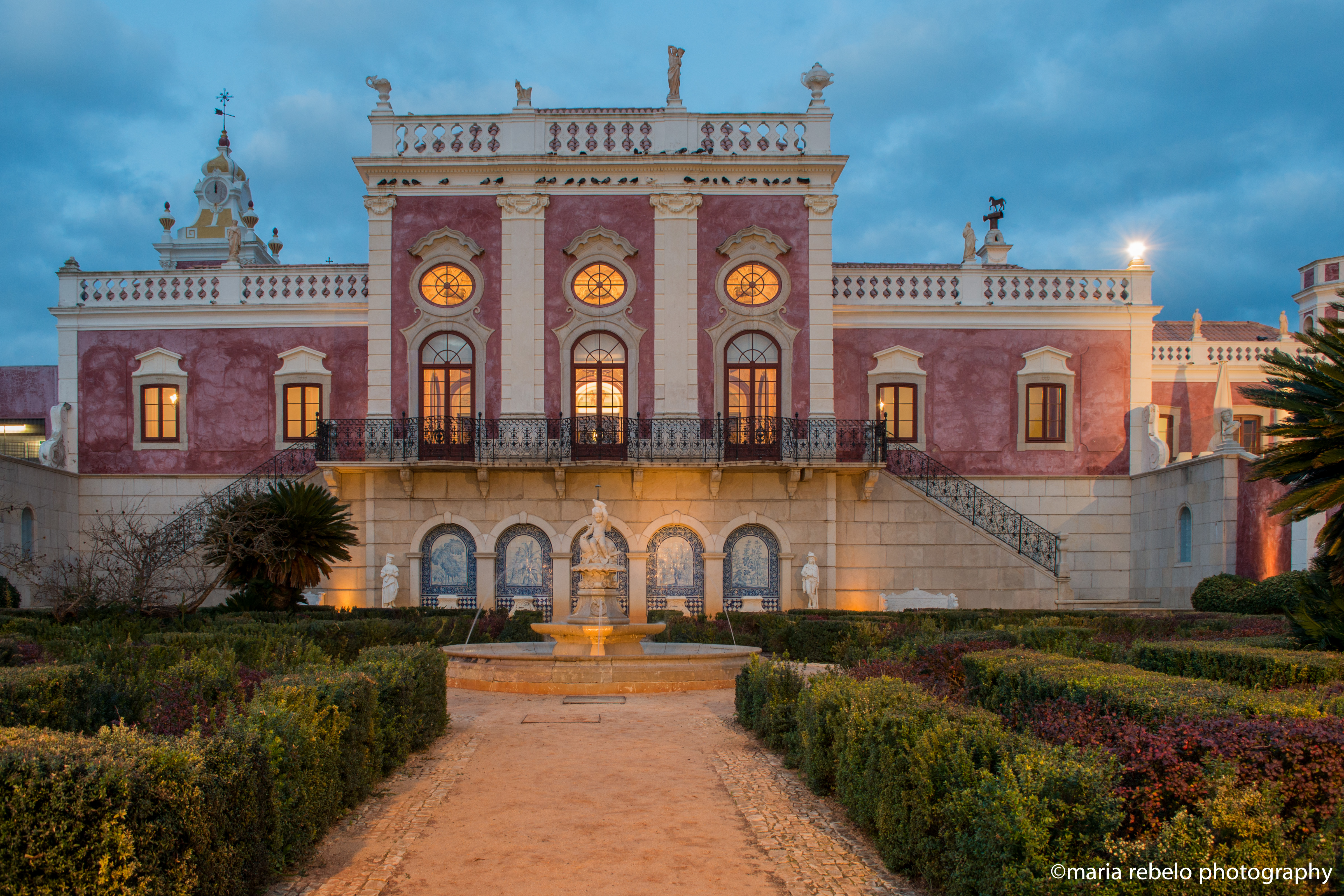 A pink palace in the Algarve | Salt of Portugal